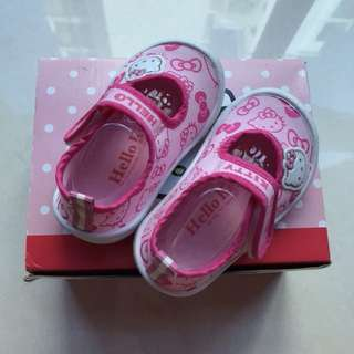 Authentic Hello Kitty girl's shoes feet length 12cm