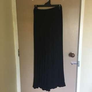 Glassons black skirt with slits
