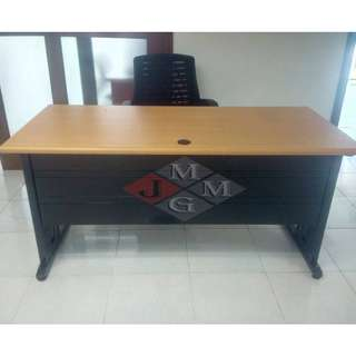 Freestanding Table CD SEries