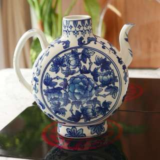 Blue white porcelain vase