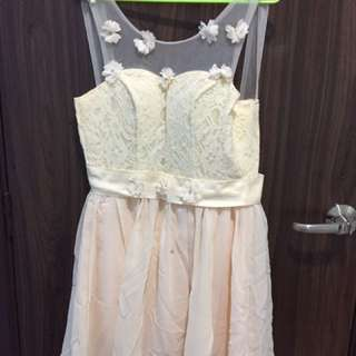Preloved Beige color of bridesmaid DRESS