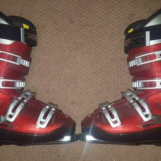 Red and black skiboots