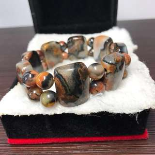 Natural Calcedony 5 Element Bracelet 天然五行石玉髓内含朱砂 手链