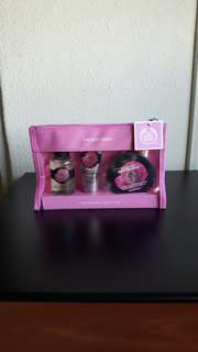 *CNY Special* Body Shop British Rose collection