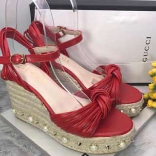 gucci wedges not ori