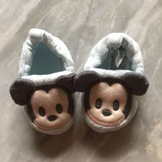 Authentic Disney Mickey mouse shoes (0-3m)