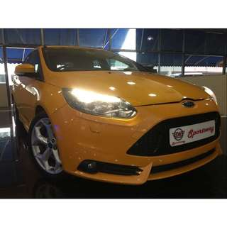 Ford Focus ST 2.0 Manual