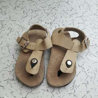 Toddler Sandals (beige)