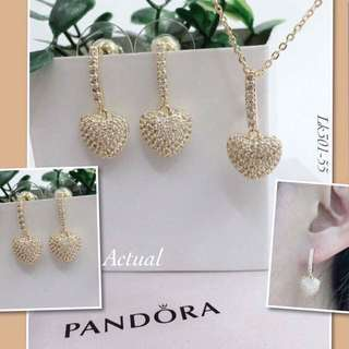 Pnadora (earrings and necklace set)