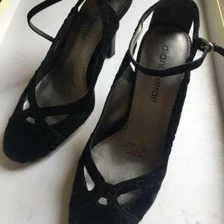 Dianna Ferrari black heels pony skin