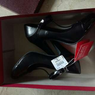 BLACK SHOES S6 PAYLESS