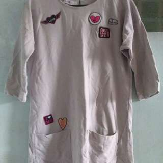 Tshirt dress w/ patches