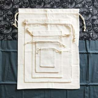 INSTOCKS : Plain Canvas Drawstring Pouch