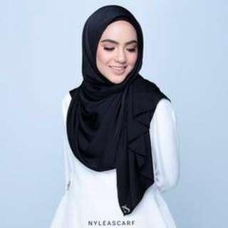 Nylea Scarf; Malya - Black, satin.