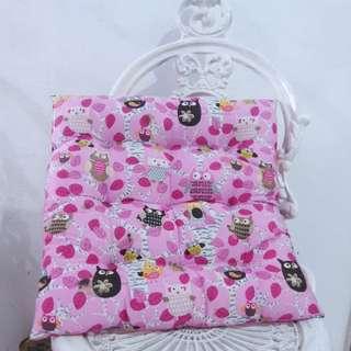 BANTAL KURSI OWL PINK - PRELOVED MURAH