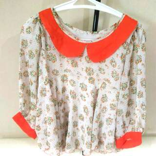 Blouse chiffon flower pattern