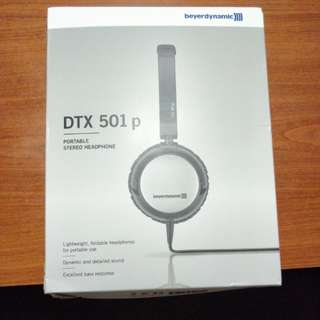 BNIB Beyerdynamic DTX501P Portable Stereo Headphone
