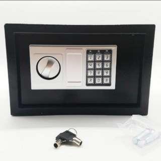 [LARGE] Mini Safe Cash Box Jewellery Thief