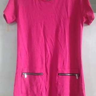 Fuschia dress with zipper
