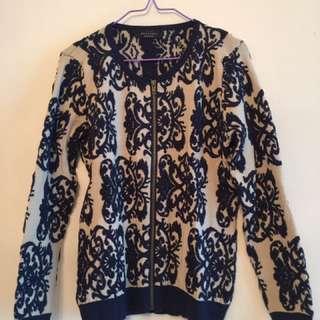 Korean sweater (Brand new)