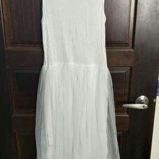 🚚 寬肩白紗裙
