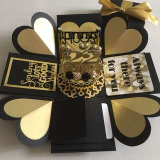 Explosion box with cake , 4 waterfall in black & gold