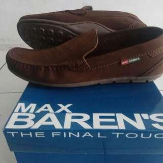 Sepatu kulit pria Max Barens