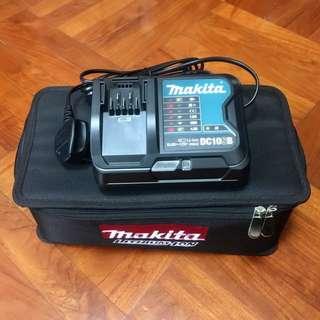 Makita 12Vmax 叉電機 - 全新送袋