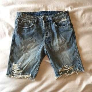 Tsubi Men's Ripped Denim Shorts. W32