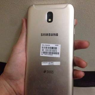 SALE OR SWAP Samsung j7 pro (gold)