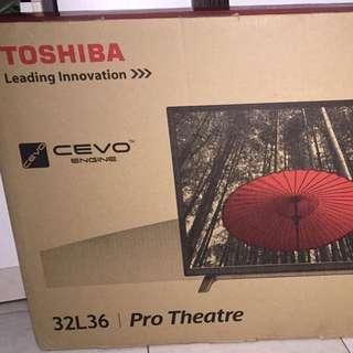 TOSHIBA LED 32吋電視全新