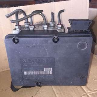 W203 abs pump
