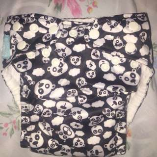Cloth diaper set with 2 free inserts