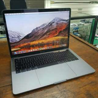 Macbook Pro Retina 2017 Touch Bar - SSD 512GB