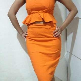 Setelan orange