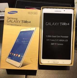 99% new Samsung Tab 4 (8G) White