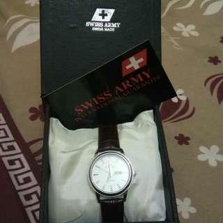 Jam tangan semi casual wanita