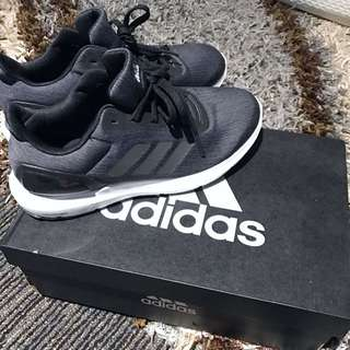 Adidas sport shoes 99%new 100%real