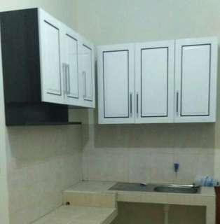 Lemari Gantung dapur minimalis 6 pintu