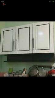 Lemari Gantung dapur 3 Pintu