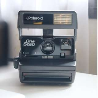 Polaroid One-Step 600 Instant Camera