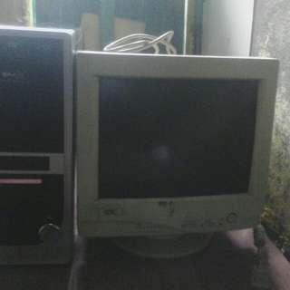 Jual layar monitor & cpu pentium 4 bekas