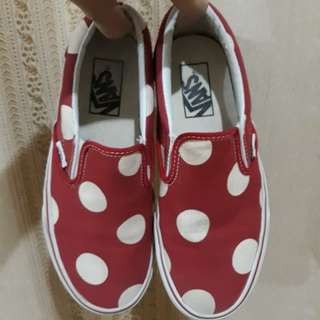 AUTHENTIC Vans Polka Red Slip-on