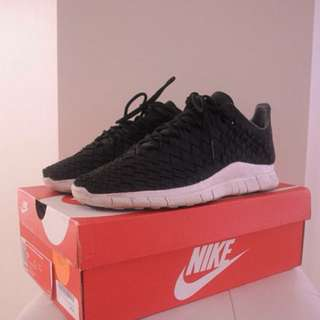 Nike Inneva Woven Free runs