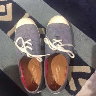 🚚 Toms 懶人鞋 大童 9成新 Y4