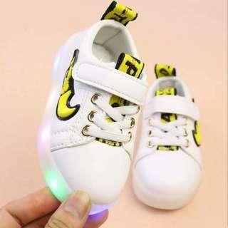 Sepatu NKE LED