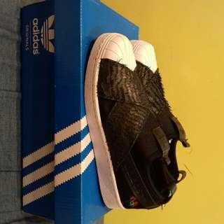 Adidas slipon CNY years of the rooastert