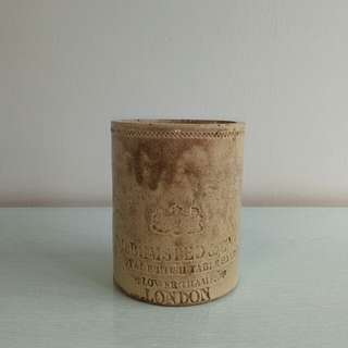 Qing Period Export Brush Holder height 13cm diameter 10.5cm condition 9/10