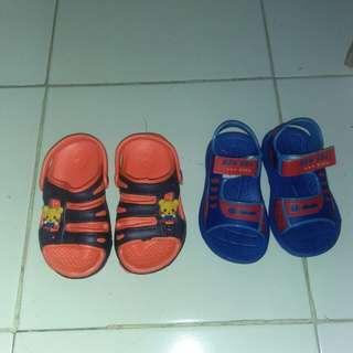 2 pasang sandal anak masih baru free ongkir surabaya sidoarjo