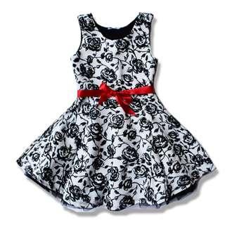 Europe Beautees Little Girls´ Flocked Rose Ruffle Skater Dress